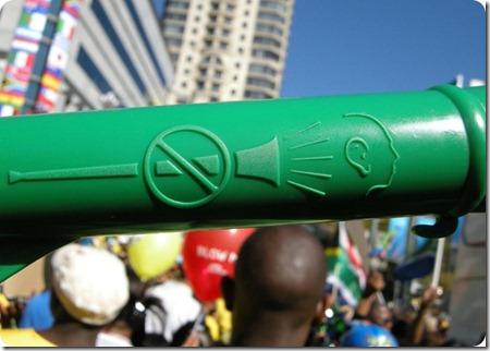 Vuvuzelas_Warning